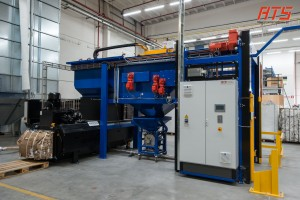 bag-emptying-with-bag-bale-press 01