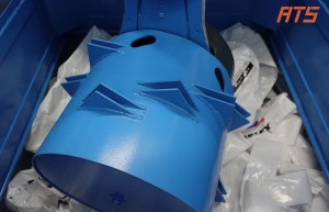 bag-emptying-with-rotary-bag-compactor 05